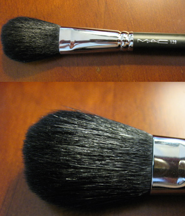 MAC Brush 129SH Colour Ready close shot and far shot