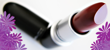 mac-cosmetics-creme-team-cremesheen-lipstick-crem-in-your-coffee-5