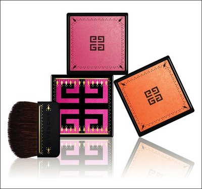 Sari Glow Iridescent Blush in Maharani Pink and Maharani Orange