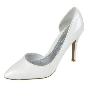 042909-l4l-shoes-400