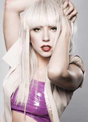 W_Lady_Gaga_295171